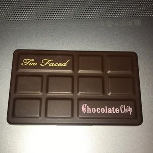Too faced Chocolate chip mini palette